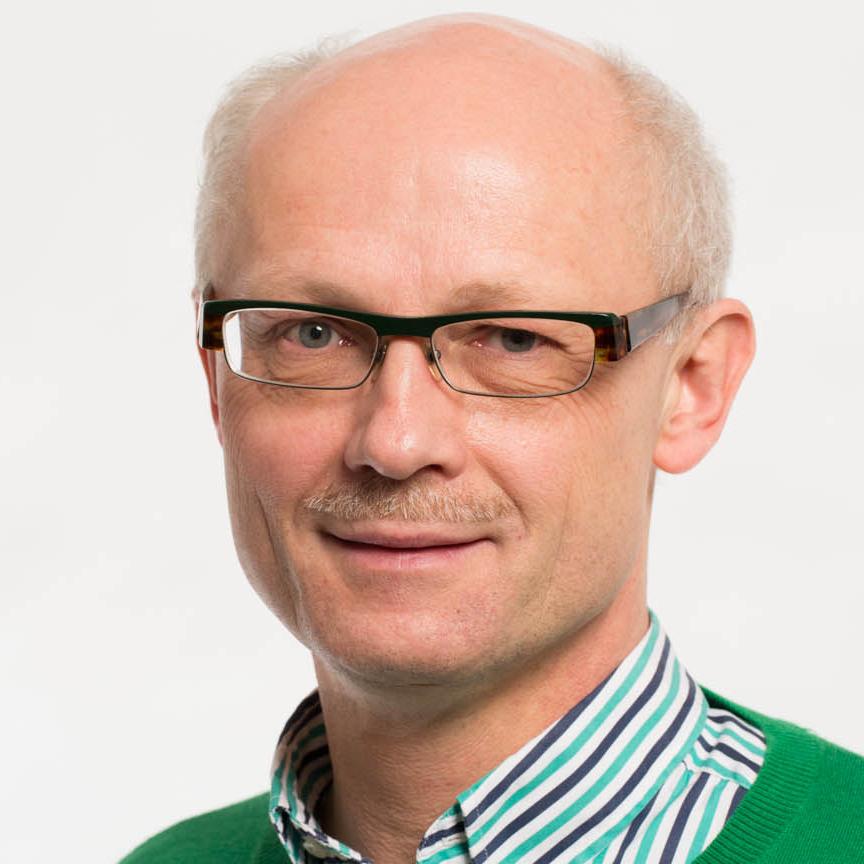 Professor Reinhard Büttner
